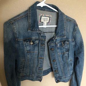 Cute short jean jacket!